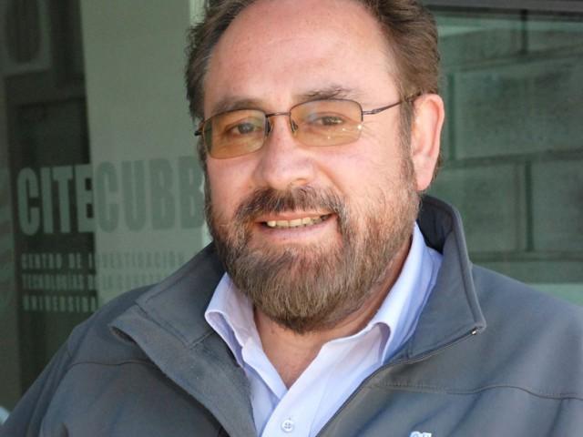 Dr. Ariel Bobadilla obtiene premio Latam 2015 por su trayectoria en construcción sustentable
